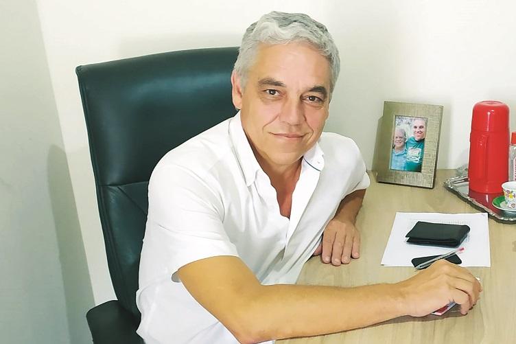 Emílio Vasconcelos é pré-candidato a prefeito de Sete Lagoas.