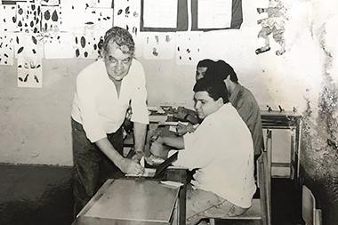 Nossa Gente, Nossa História | Sete Dias registra o voto do prefeito Sérgio Emílio de Vasconcelos em 1992