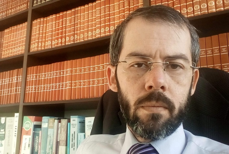 Entrevista - Dr. José Osvaldo de Brito | 'A rede social não é terra sem lei  e a Justiça Eleitoral está atenta'