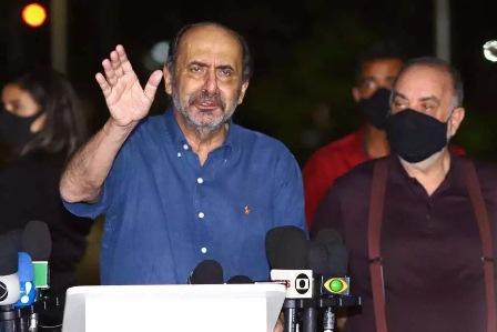 Reeleito, Kalil pede união para recuperar comércio de Belo Horizonte