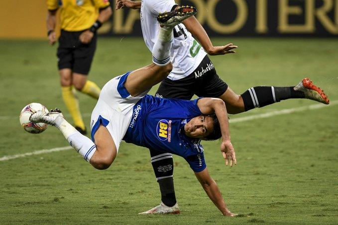 Em casa, Cruzeiro para no Figueirense cheio de jogadores sub-20 e a luta contra a degola continua