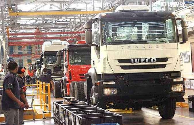 Iveco anuncia contratação de 478 trabalhadores para aumentar produção