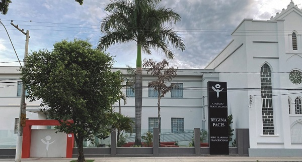 Colégio Franciscano Regina Pacis celebra 90 anos