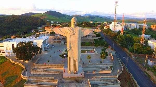 Em Muriaé, Cristo será iluminado com laranja