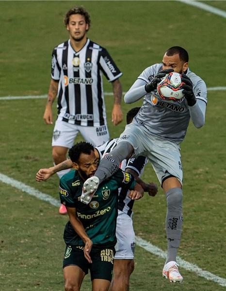 Coisa rara numa final de Campeonato em Minas: bom senso prevalecendo e arbitragem mineira para Atlético x América