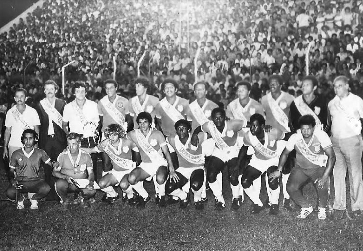 Democrata comemora 107 anos com live festiva: relembre time campeão de 1981